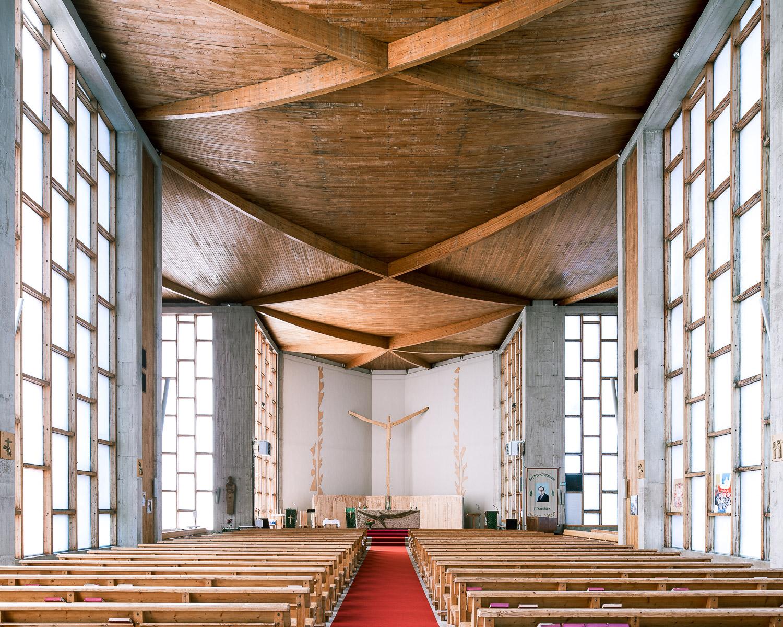 Église du Saint Esprit, Viry-Châtillon (Anton Korady, 1964)