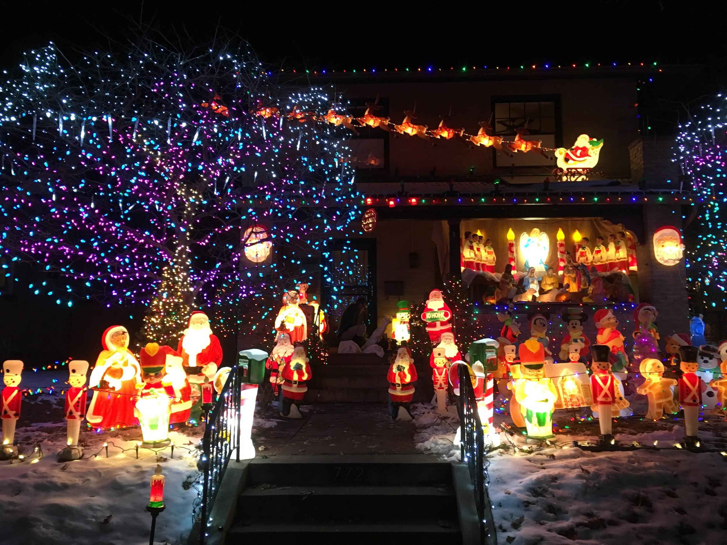 holidaylight1.jpg