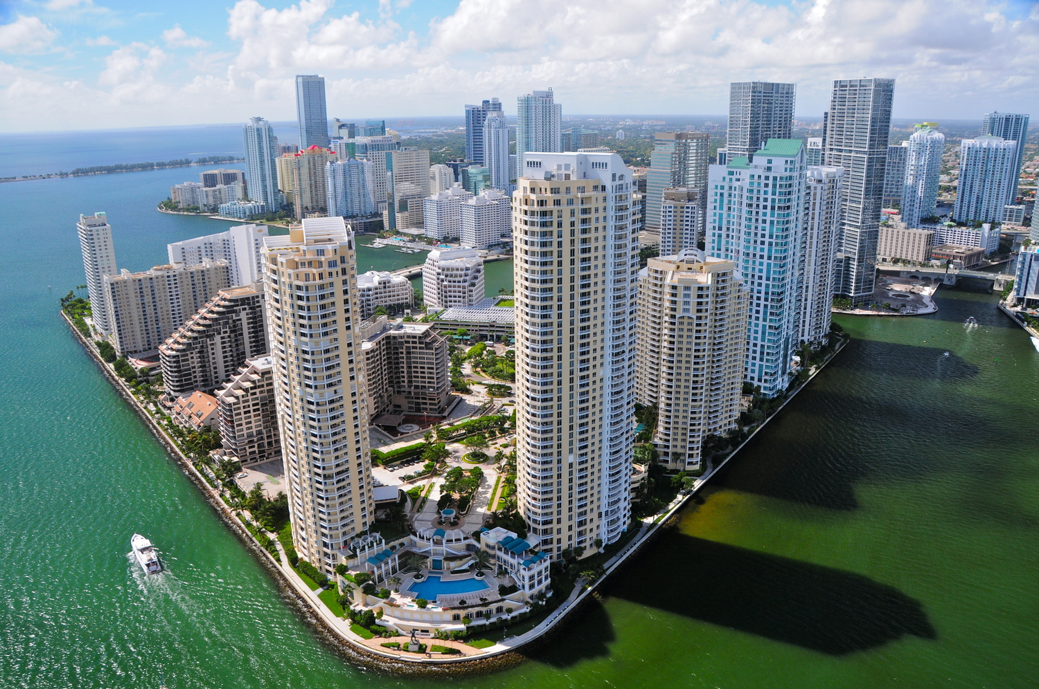 BUSINESS BROKER OF MIAMI COURTIER D'ENTREPRISES A MIAMI ACHAT COMMERCE MIAMI INVESTIR MIAMI 3.jpg