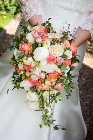 WEDDINGS    Our   RHS Gold Medal Winning   Team Will design arrangements to suit all themes and budgets-  Contact us   for more details regarding  appointments, Bookings and Quotes  on   01902 335 443   or email us at   info@richardsfloraldesign.com