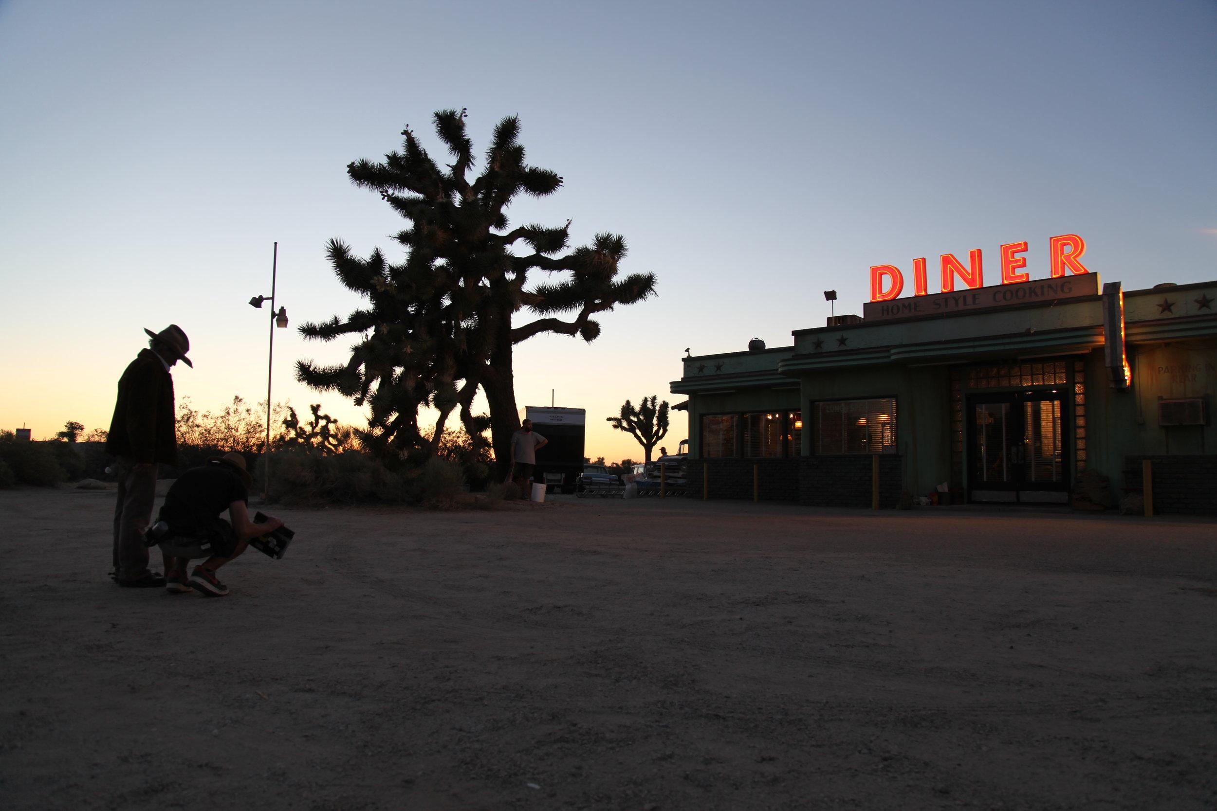 dusk_at_the_diner.jpg