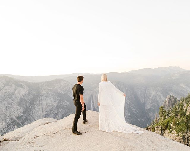 There's no way I can wait to post until my film scans come in from Elle & Anton's engagement session last night. So digital it is! It was just so good! Yosemite always for the win!