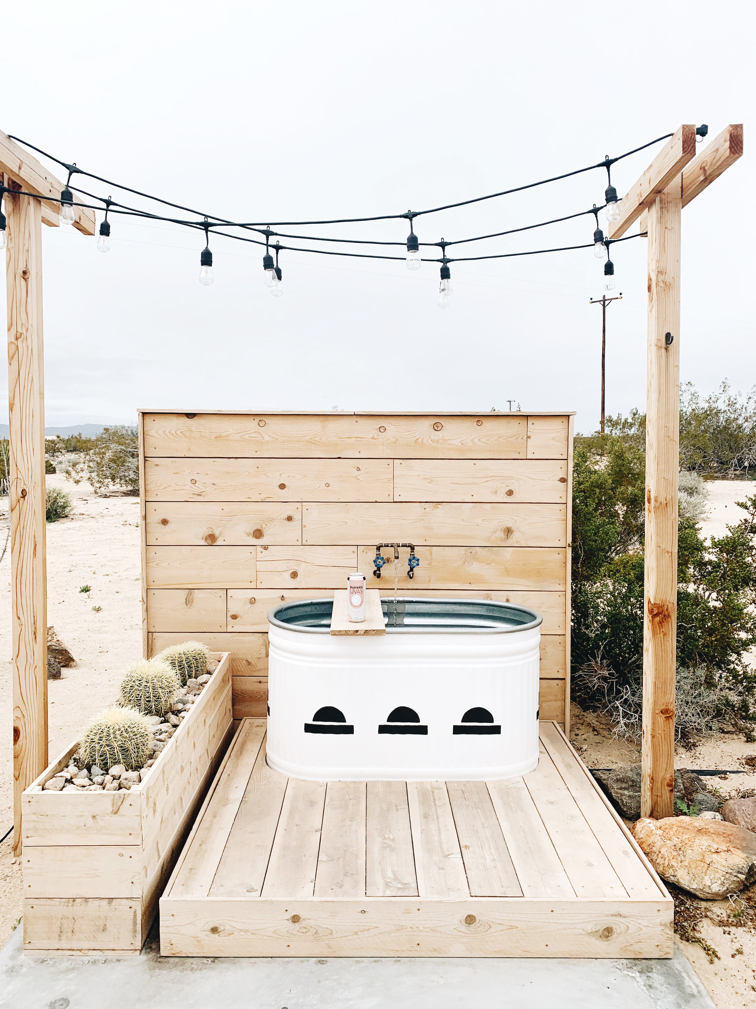 This Airbnb in Joshua Tree  was one of my favorites. The bathtub in the backyard was everything!!