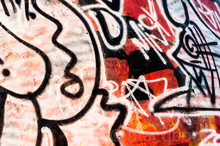 blacqbook photo: boarder buzz