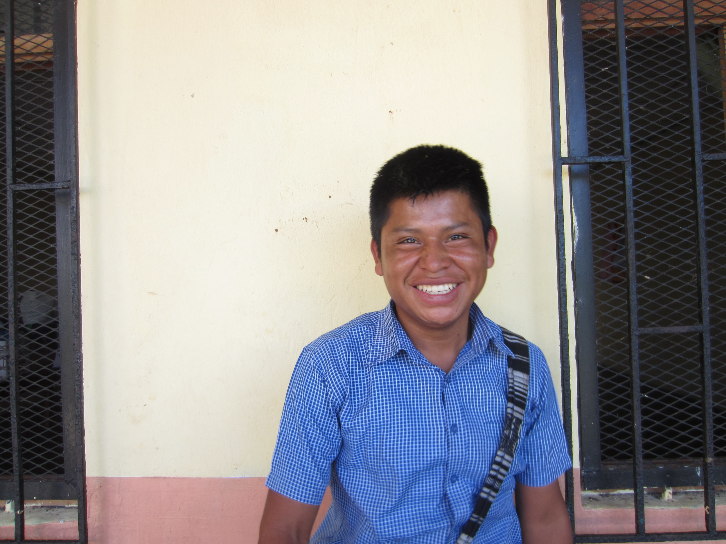 5.   Lenin Carpintero, Few for Change's first university scholar.  Lenin made a three hour trip from Boquete, where he's currently working harvesting coffee to save money for university, to attend this year's entrega ceremony.