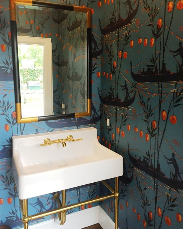 Powder room at our Brykerwoods remodel, completed last year. Fell in love with the console sink from @dxvluxury and was thrilled that the clients agreed, especially getting to pair it with one of our favorite @cole_and_son_wallpapers More 📷 to follow soon.
