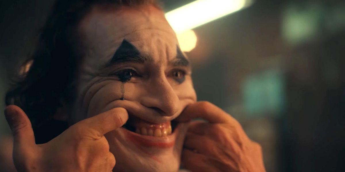 joaquin-phoenix-joker-movie-1554297252.jpg