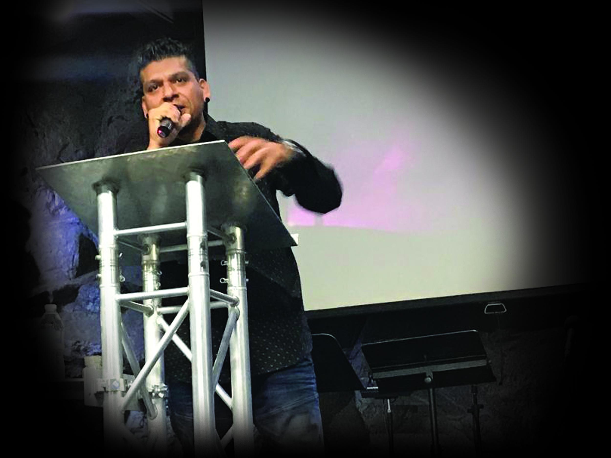 Pastor Isaac.jpg