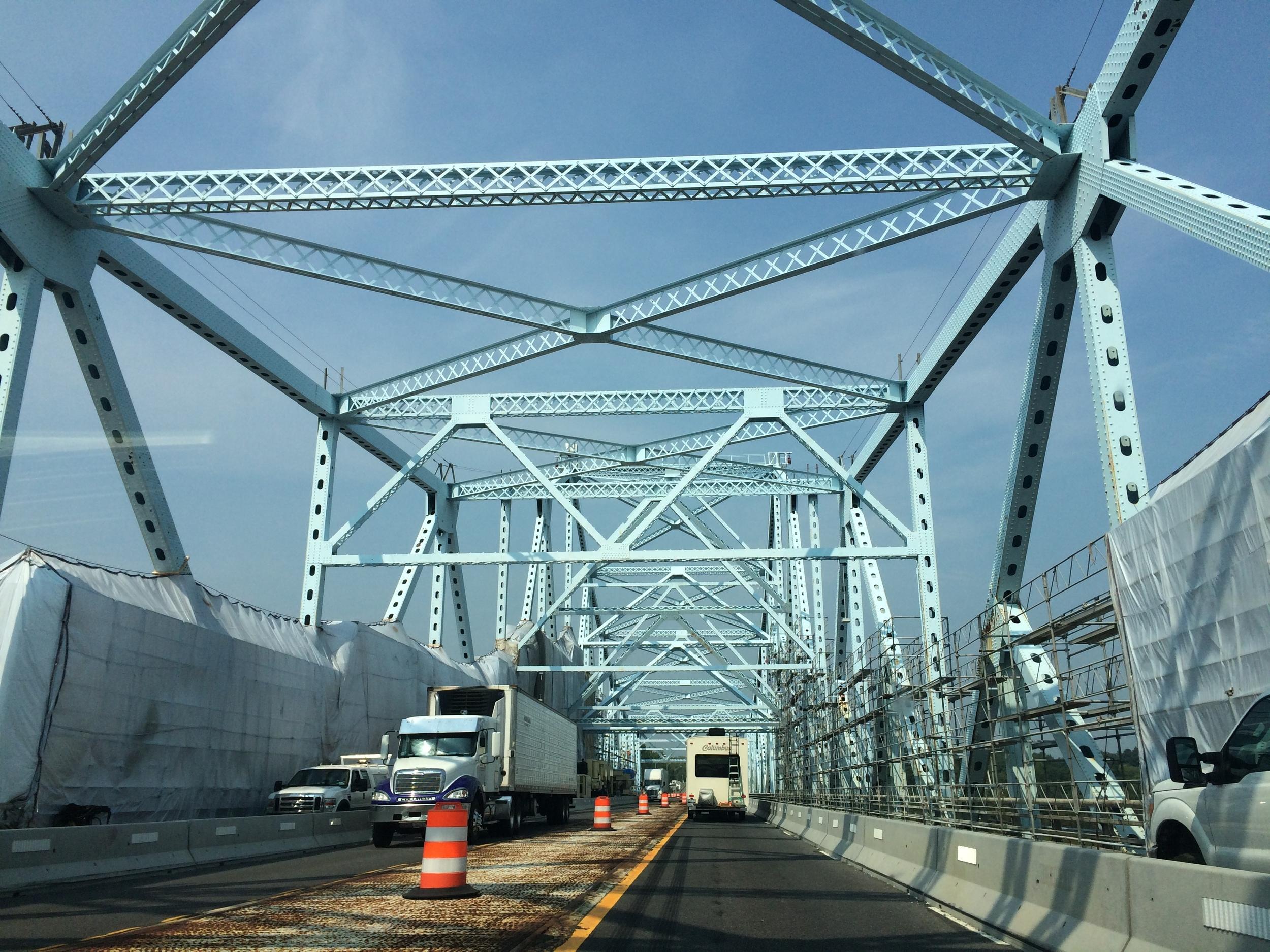 the bridge to Canada