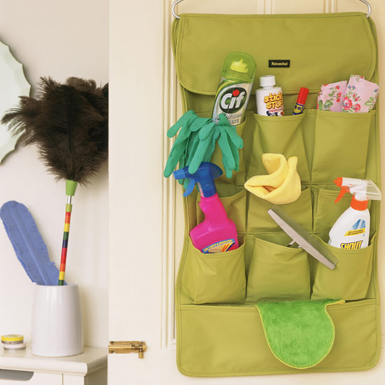 cleaning-products---how-to-clean-mirrors.jpg