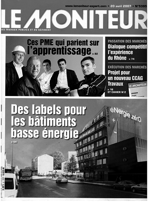 Le Moniteur, July 2004