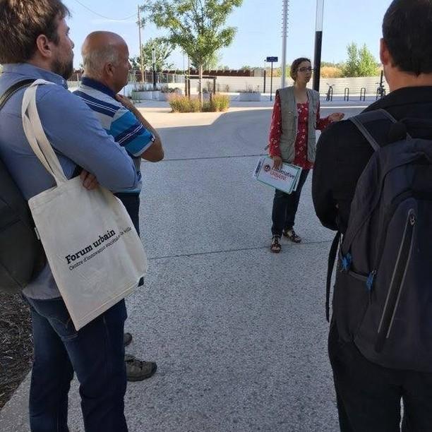 C'est la reprise pour @kwbg_urbanisme ! Participation au séminaire de rentrée du #forumurbain, marqué par la balade urbaine de @alternative.urbaine33 à Belcier et sur les quais de Paludate.  D'autres nouvelles à venir 📻  Avec @sciencespobordeaux, @universitedebordeaux et @ubmontaigne
