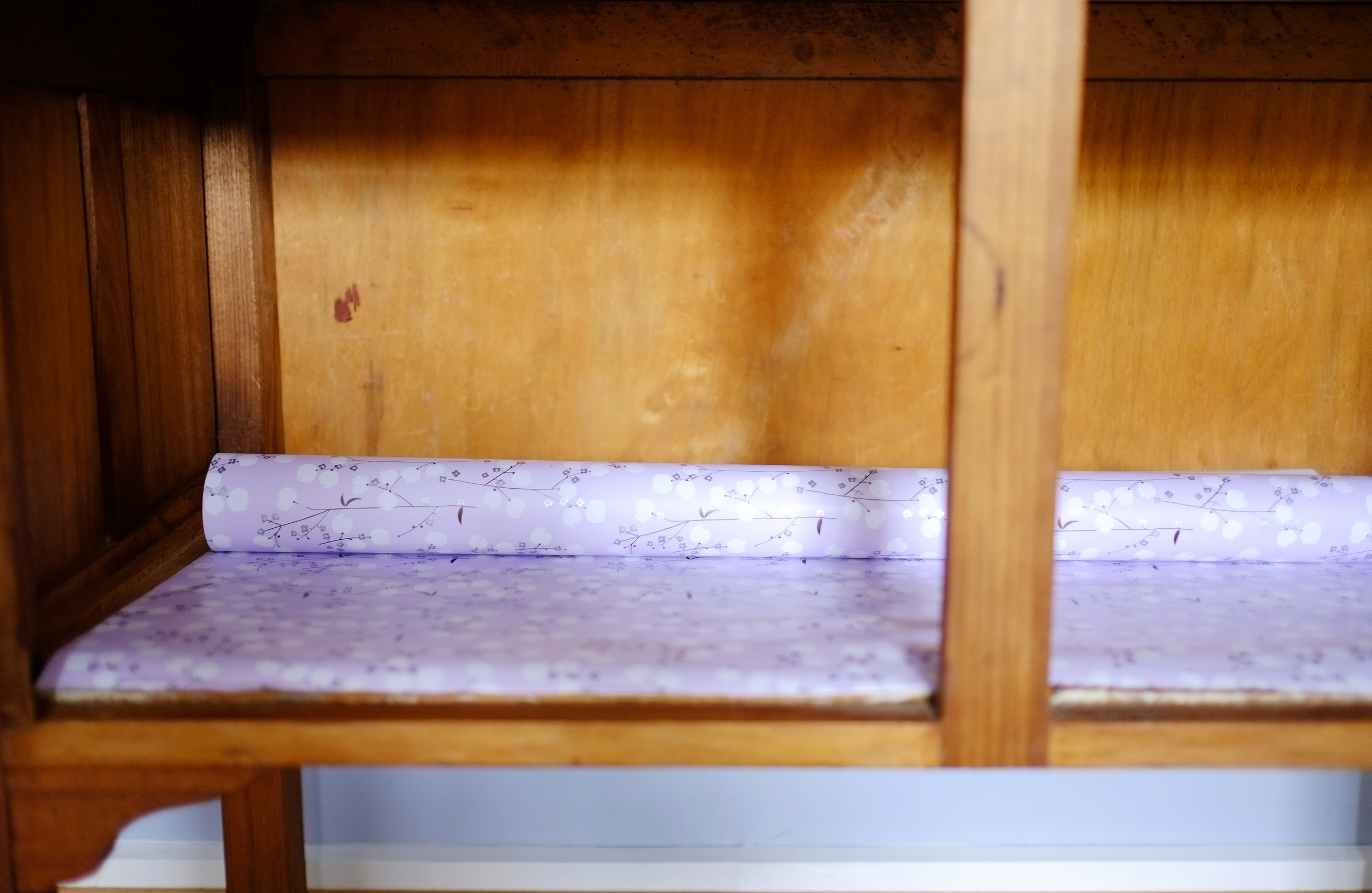 lining dresser