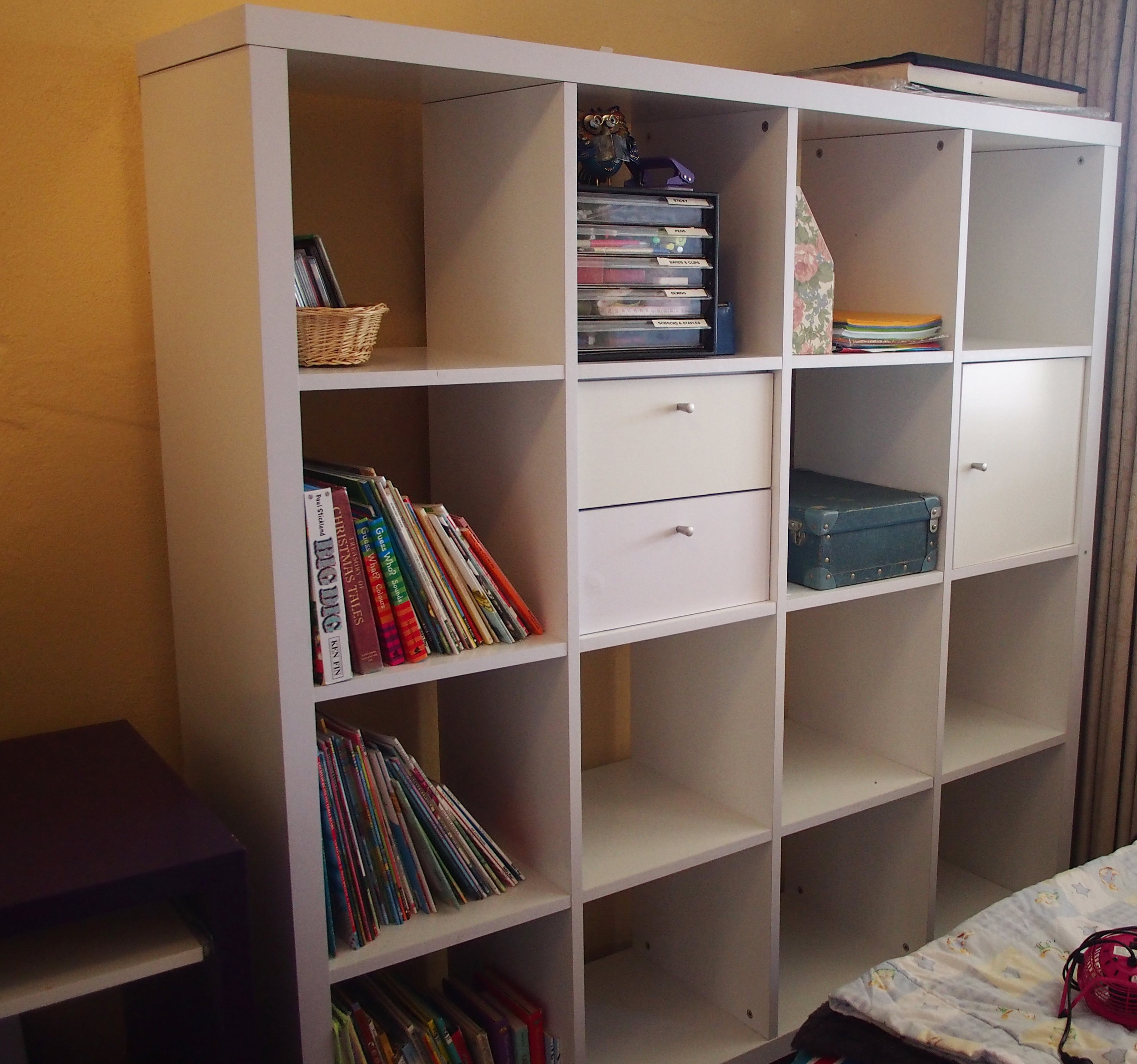 organising items on Kallax unit