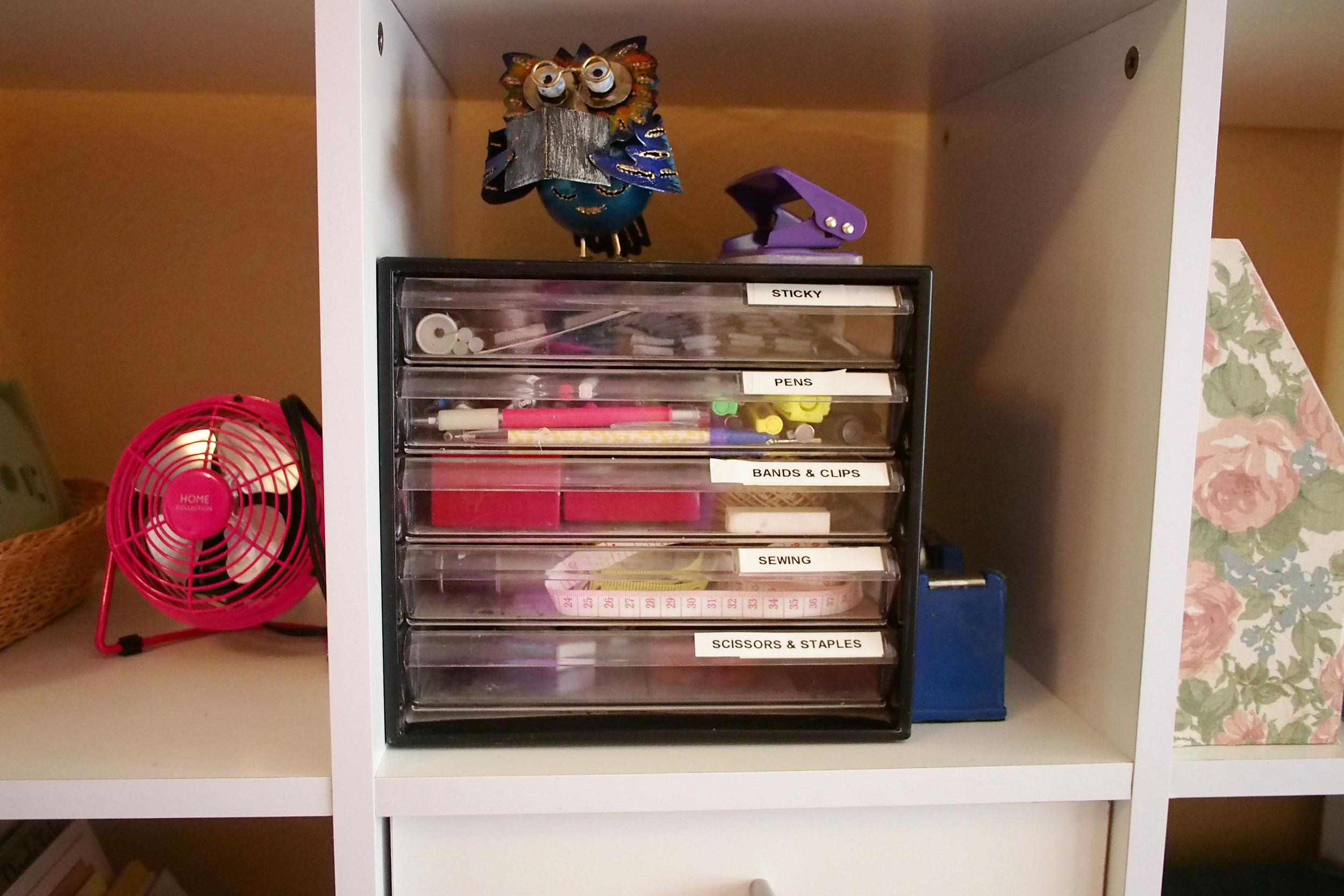 organised stationary supplies