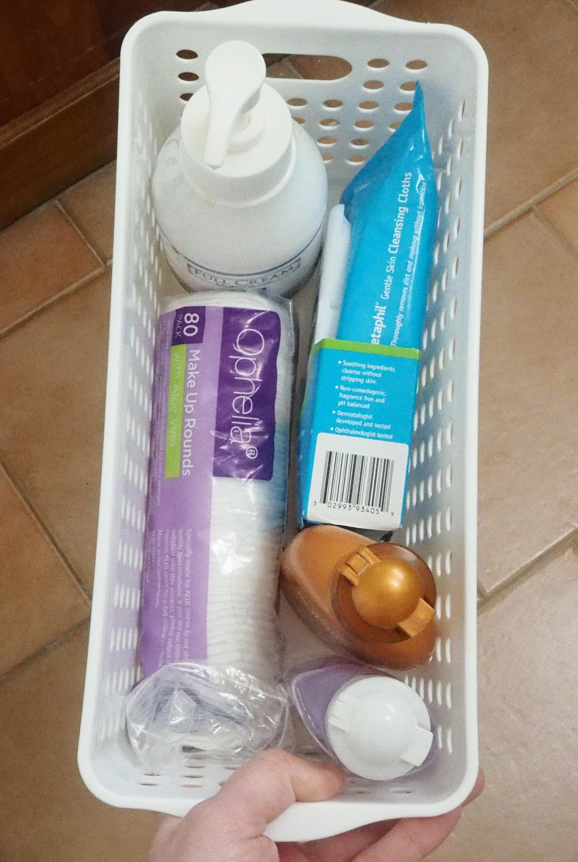 bathroom vanity organised