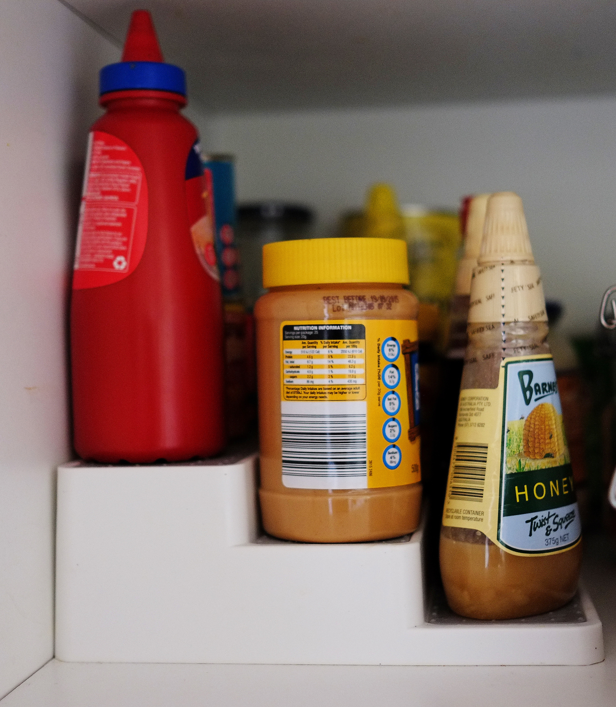 organising pantry items
