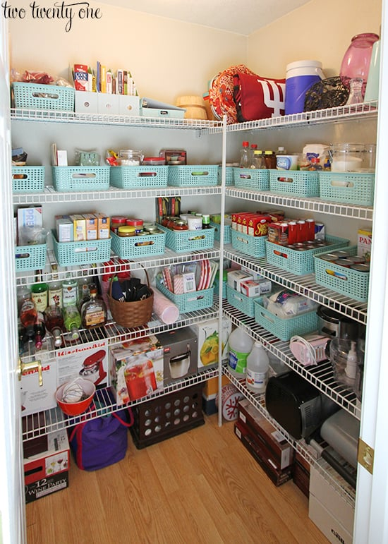 Use colourful baskets to corral like items and keep everything organised and neat within the pantry