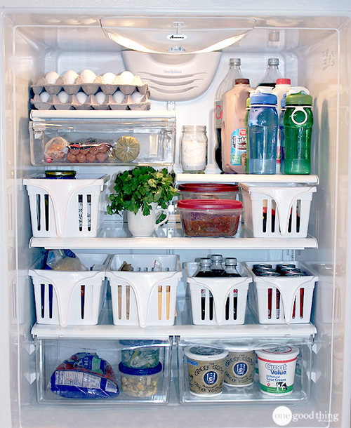 fridge-organised-with-pull-out-baskets.jpg