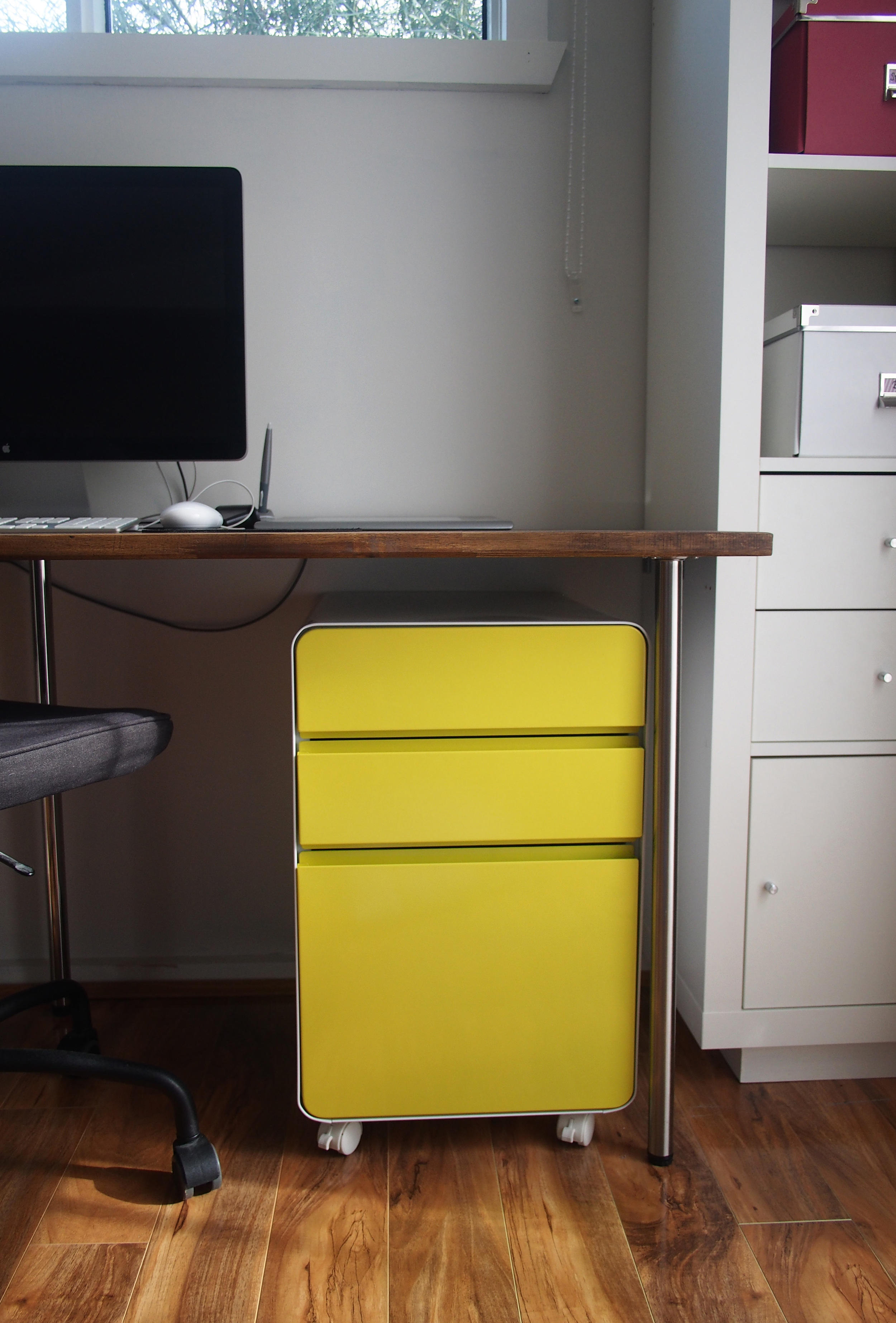 Home office filing cabinet - the best way to store and sort paperwork!