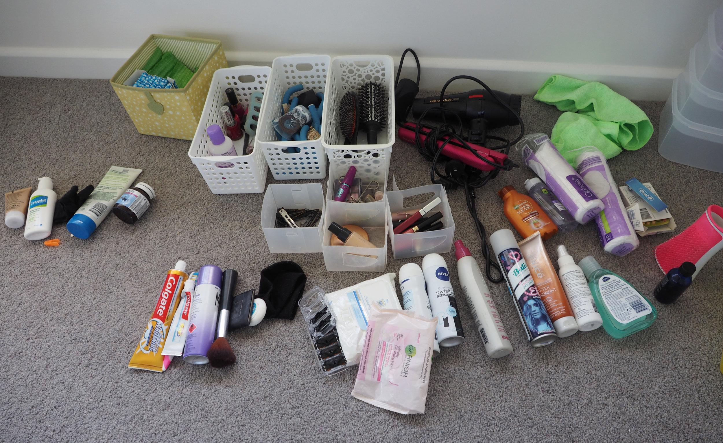 Organising the bathroom vanity - The Organised You