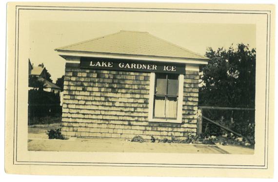 Lake Gardner Ice Storefront.png