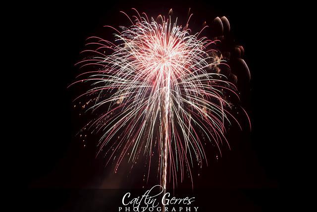 Fireworks-24w.jpg