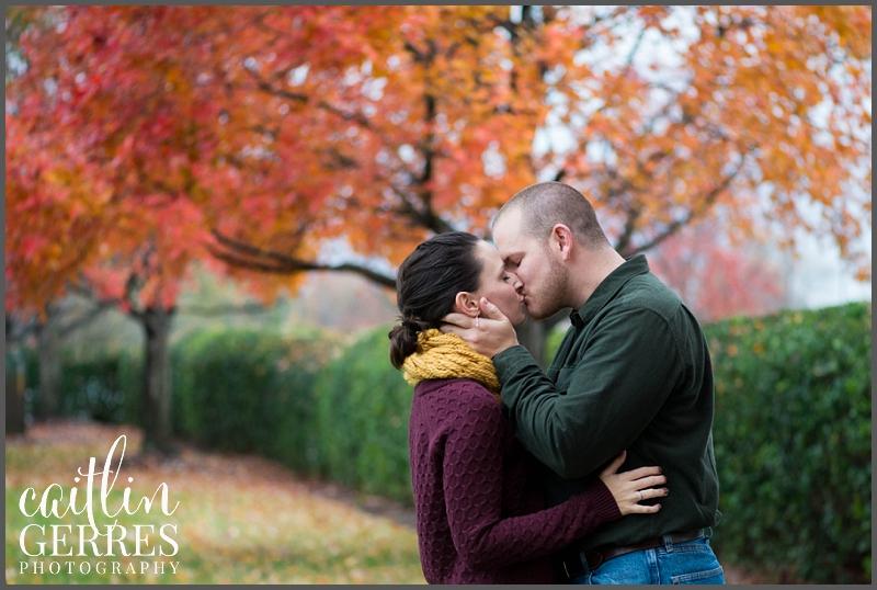 Chesapeake Park Fall Engagement Session Photo-10_DSK.jpg