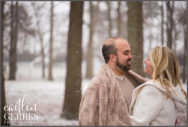 Hampton Roads Engagement Session in the Snow-7_DSK.jpg