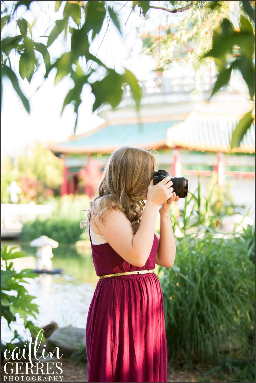 Norfolk Pagoda Engagement Session Photos-10_WEB.jpg