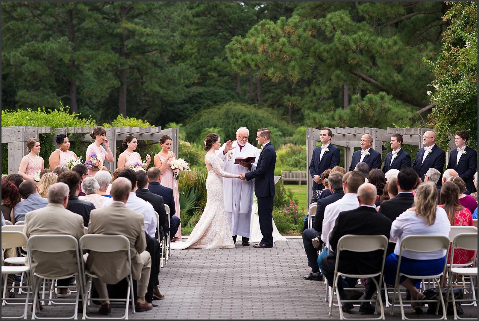 Blush and Navy Norfolk Botanical Gardens Wedding Photo-221_WEB.jpg