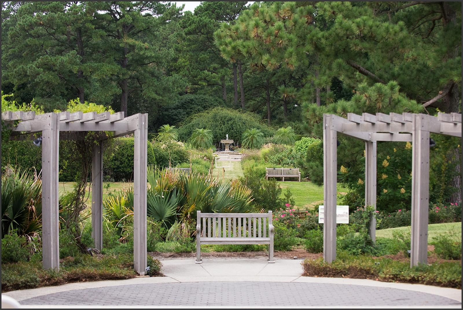 Blush and Navy Norfolk Botanical Gardens Wedding Photo-238_WEB.jpg
