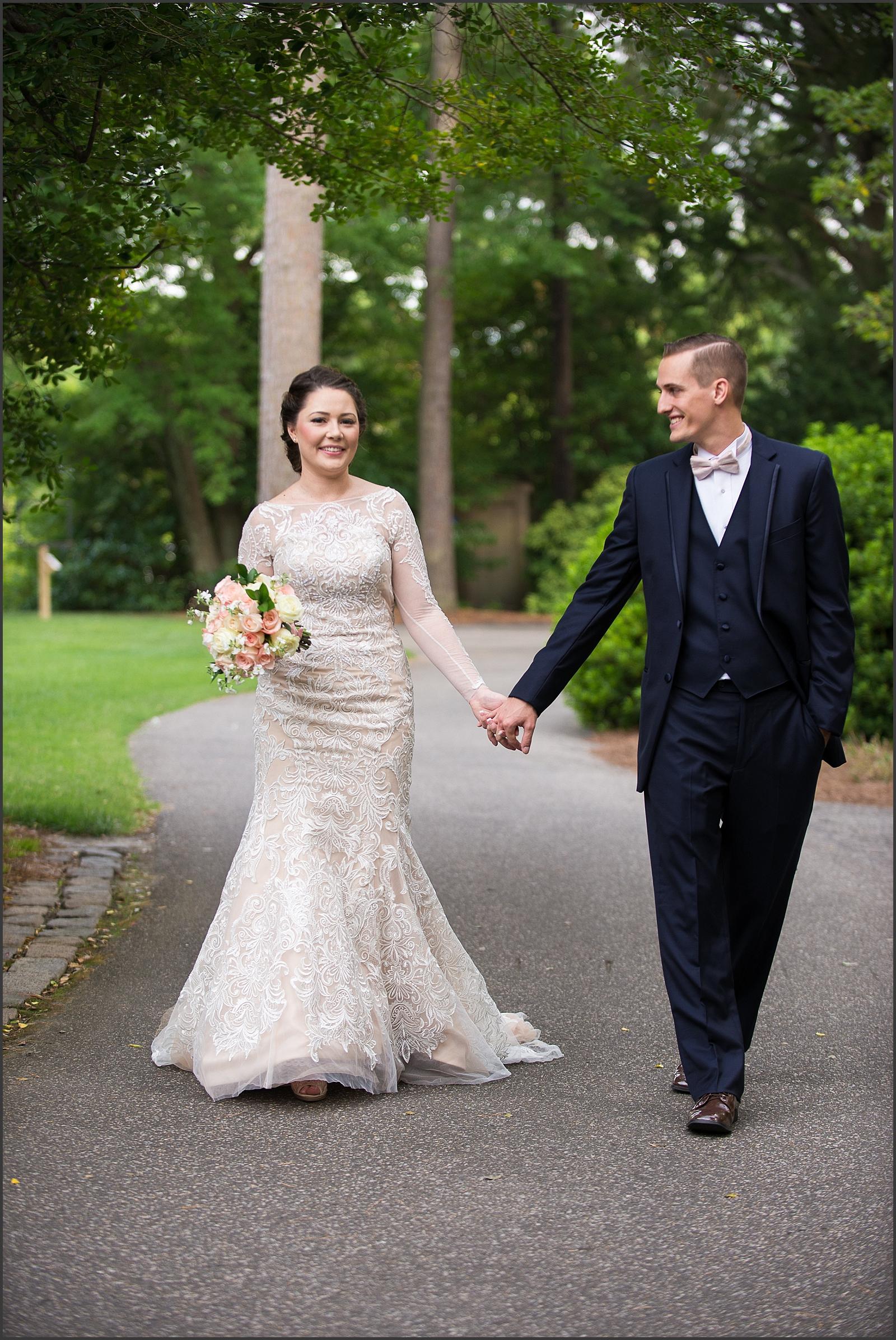 Blush and Navy Norfolk Botanical Gardens Wedding Photo-153_WEB.jpg