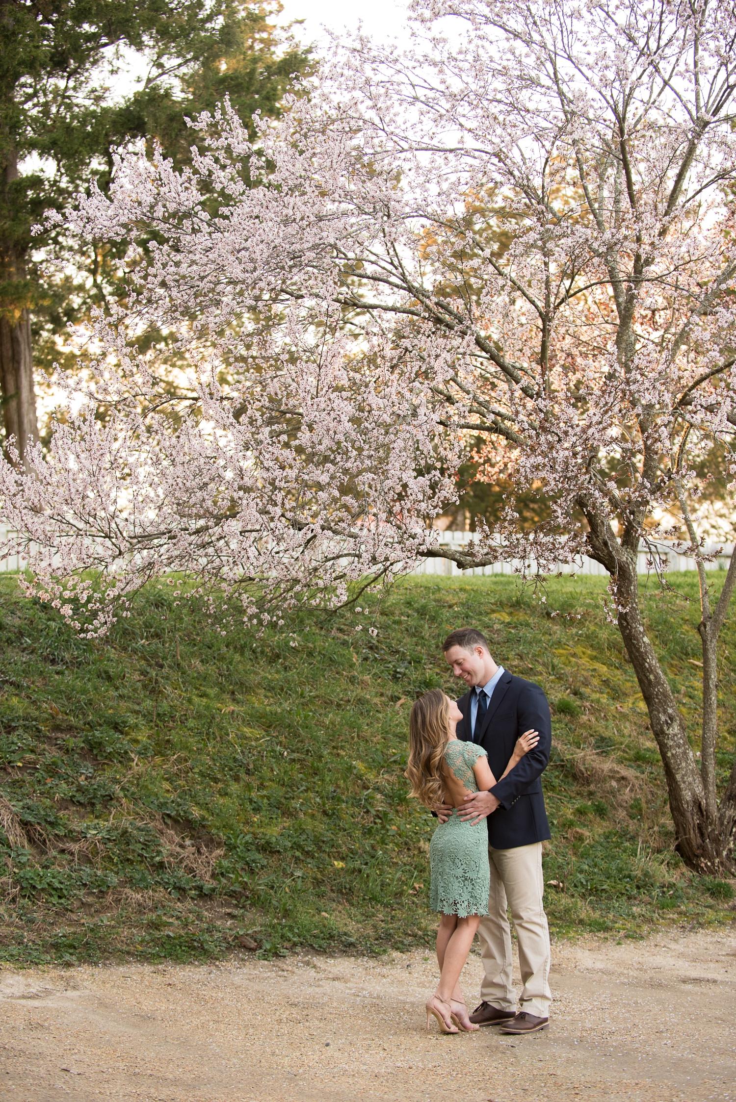 Colonial Williamsburg Engagement Portraits-154_WEB.jpg