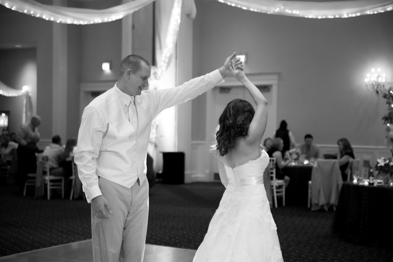 Williamsburg Destination Wedding-17_WEB.jpg