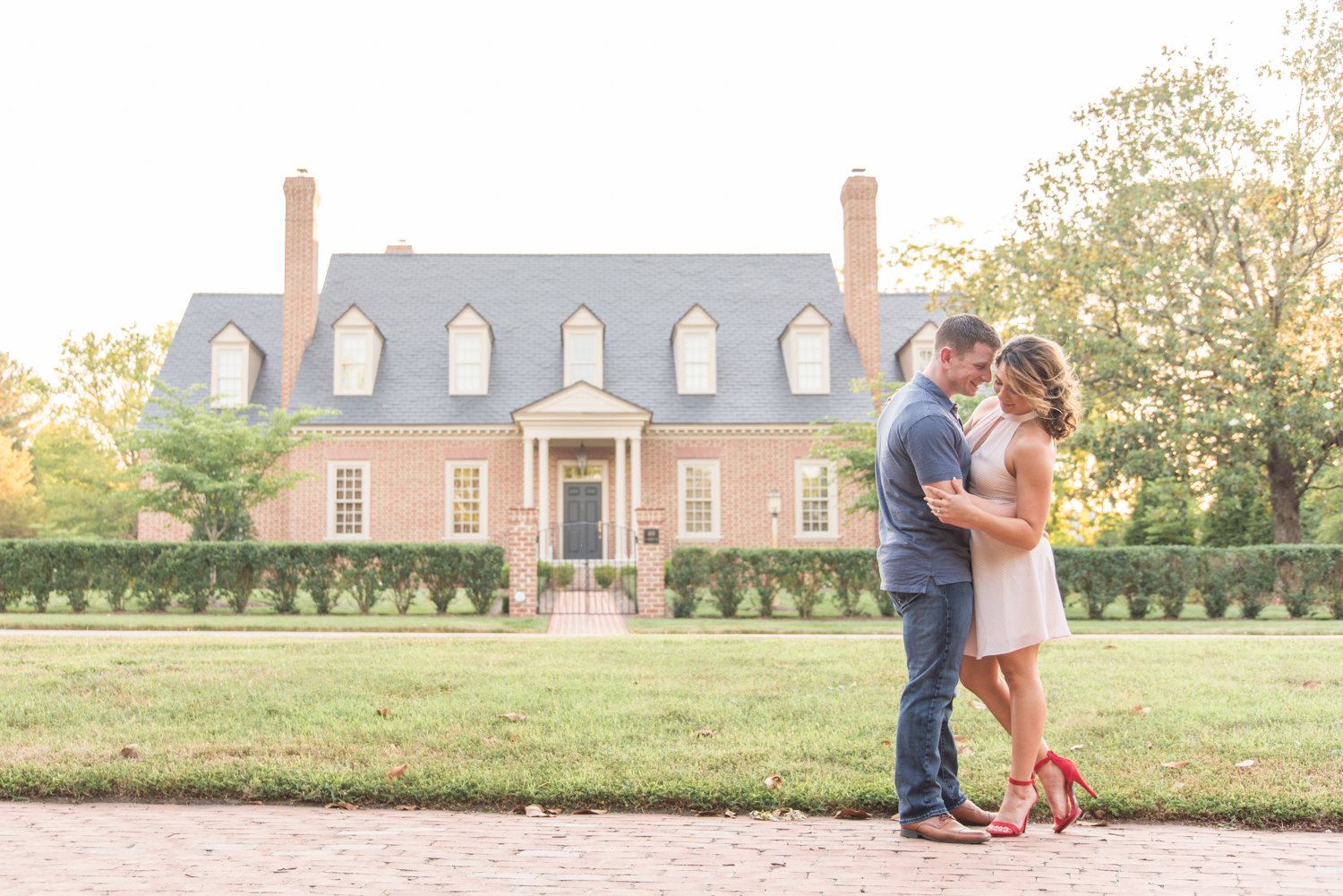 Colonial Williamsburg Engagement Session-147.jpg