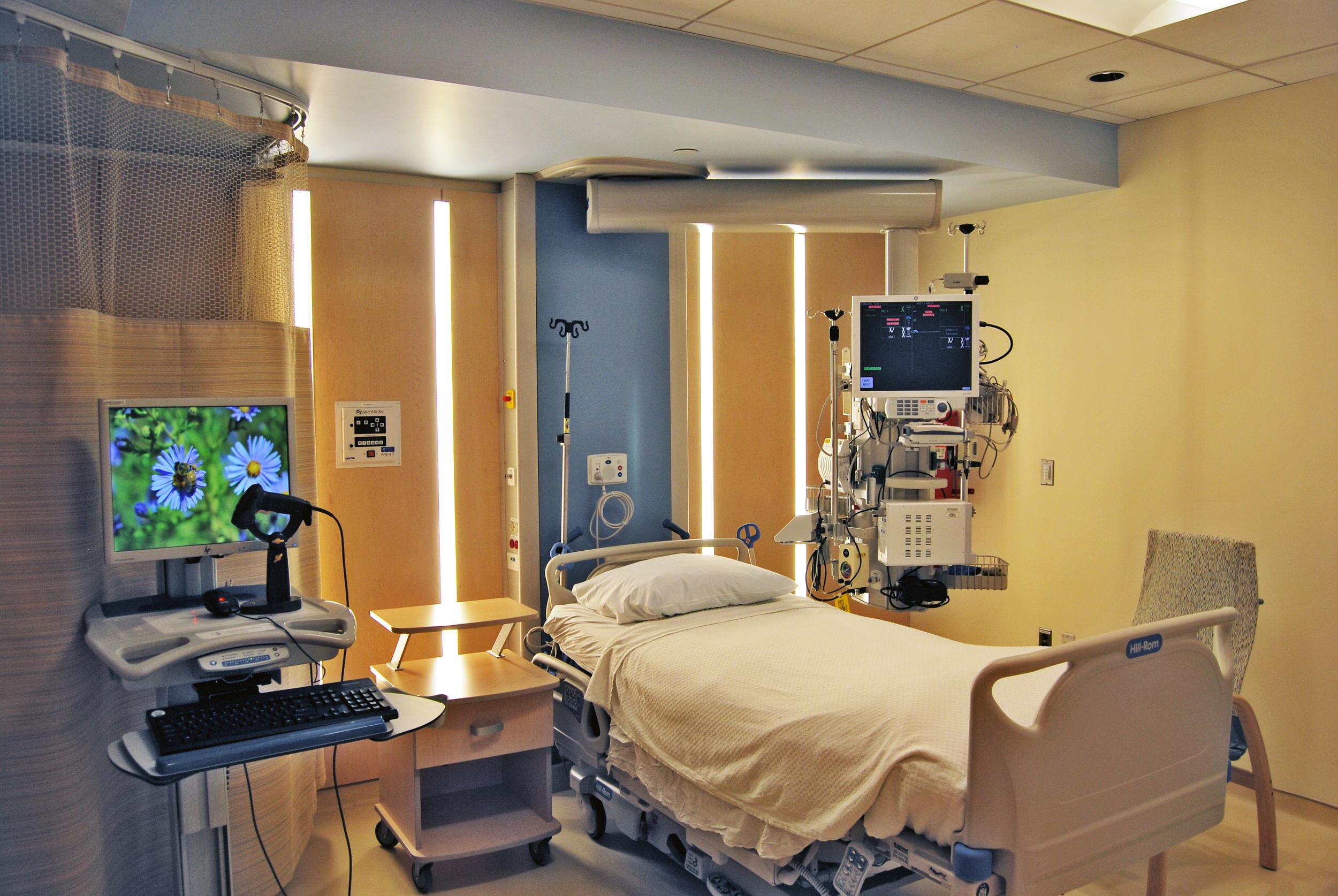 незапланированная госпитализация онкобольных
