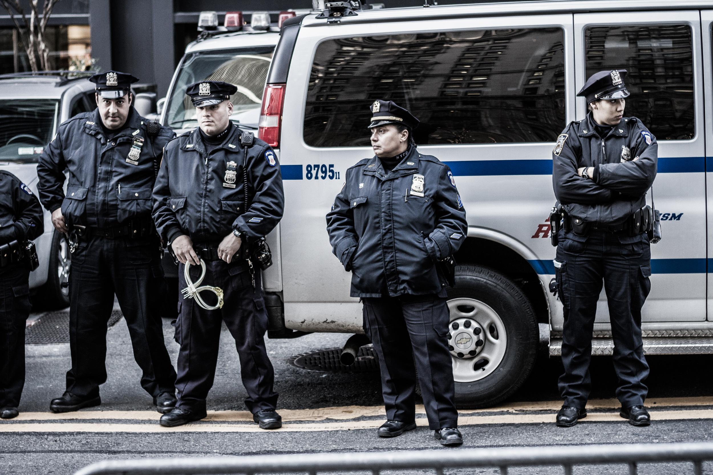 NYC-FiDi-ZucottiPark-4CopsandVan-11-25-11-1.jpg