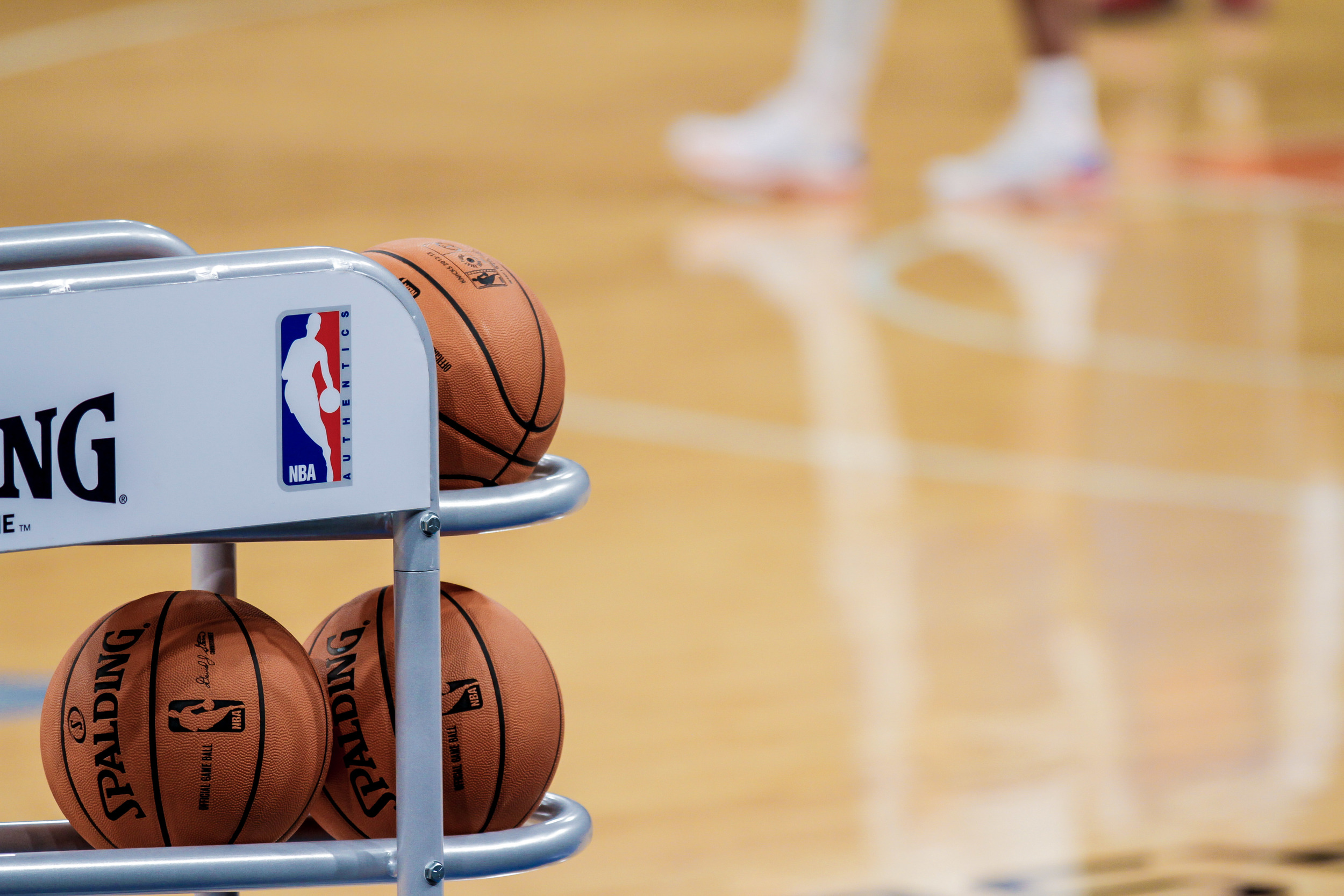 NY-KnicksPractice-BallRack-lowres-1.jpg