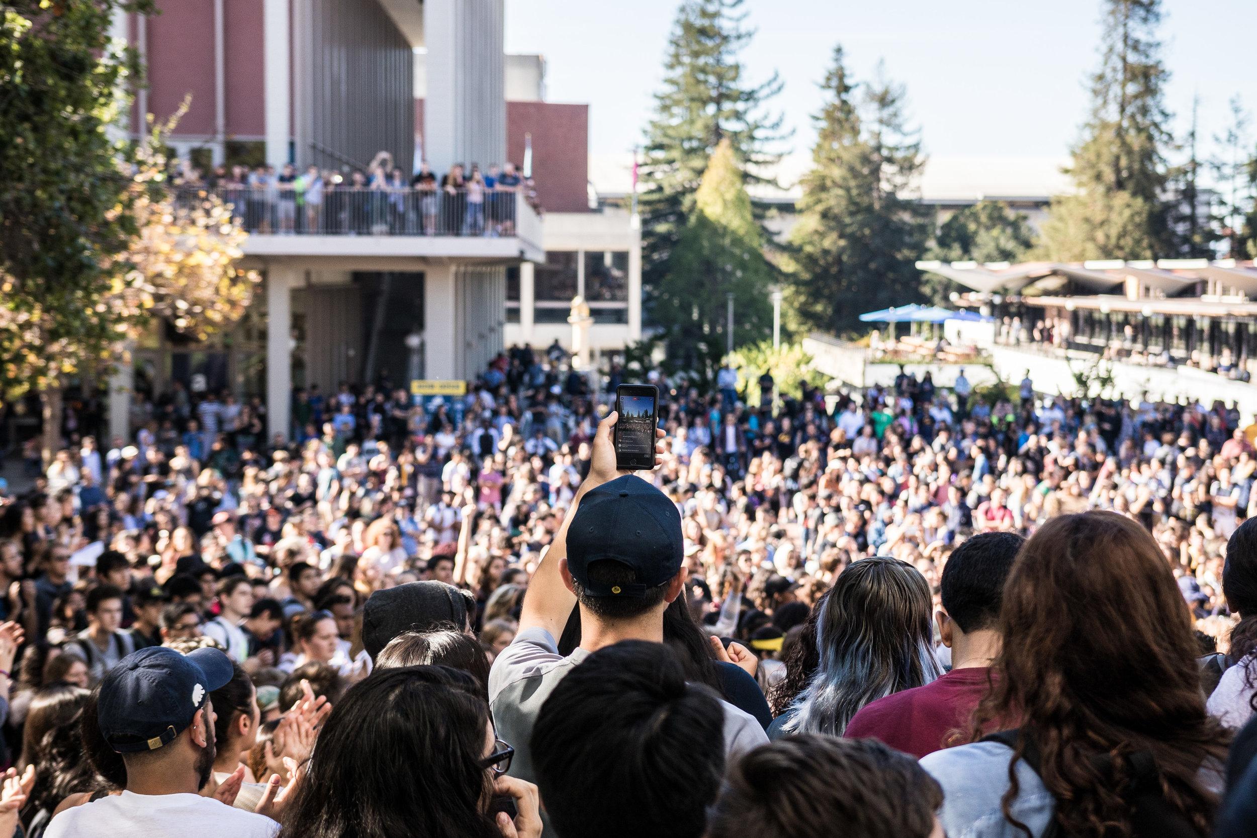 Berkeley-Nov9Rally2-PhoneCrowd-FullRes.jpg