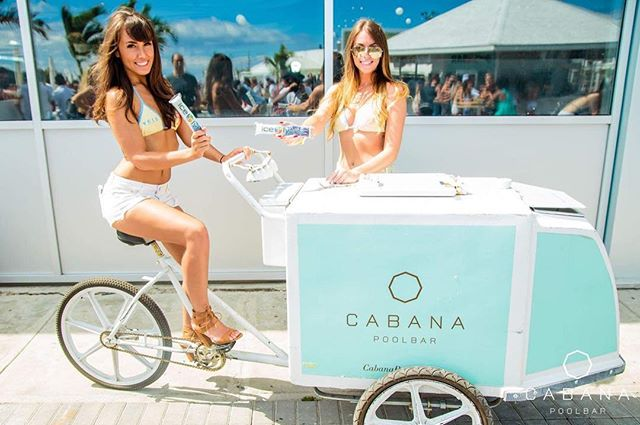 #TBT to our weekend sampling at the beautiful @cabanapoolbar. Who got to try one? 😝😎🎉💃 #freezie #stayhydrated #goodvibesonly #summersixteen