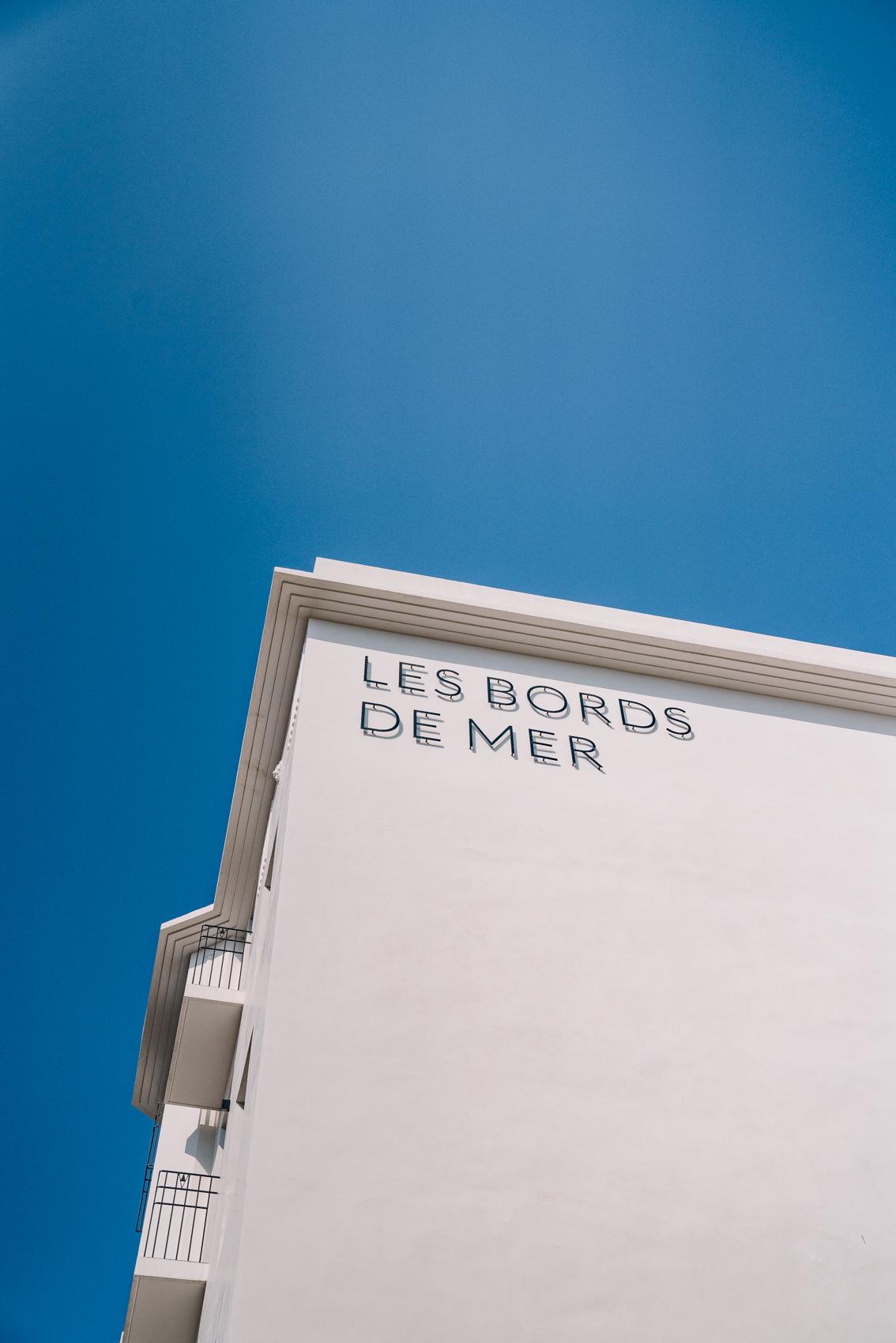 TRAVEL-Photography-provence-hotel-restaurant-interior-Les-Bords-de-Mer-Clara-Tuma_004.jpg