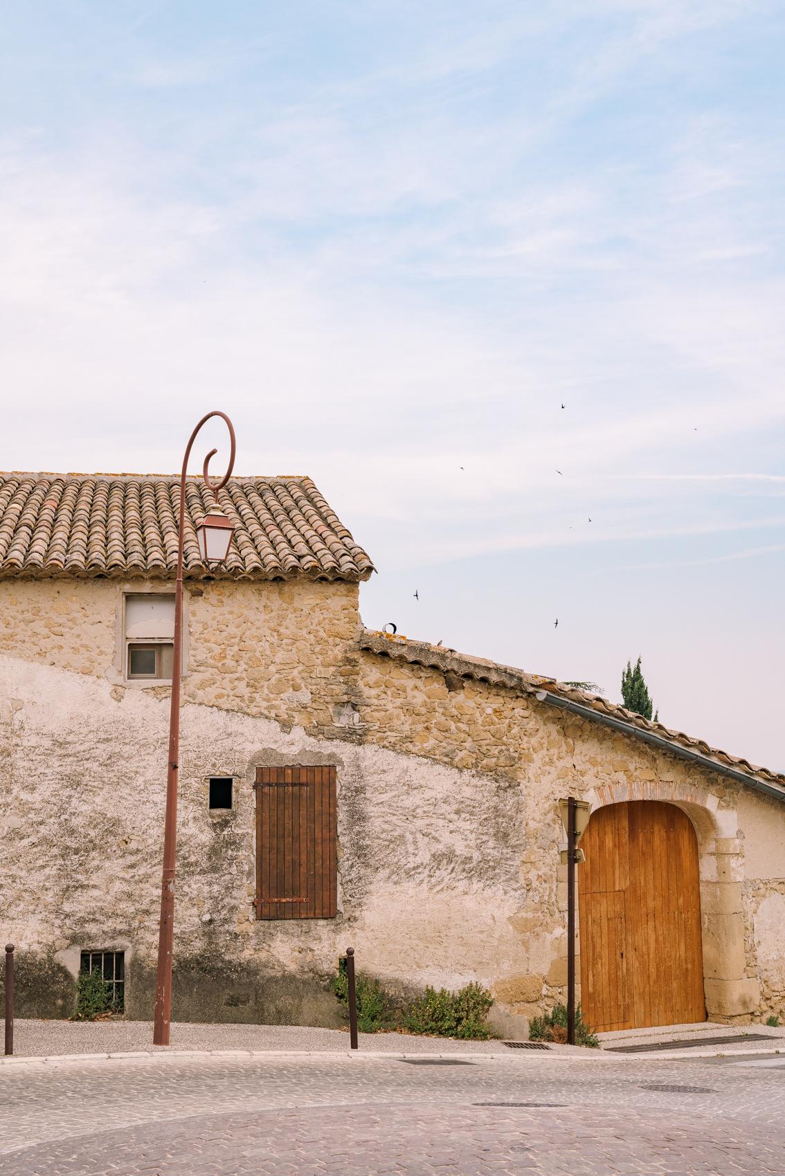 TRAVEL-Photography-provence-Vaugines-luberon-Clara-Tuma.jpg