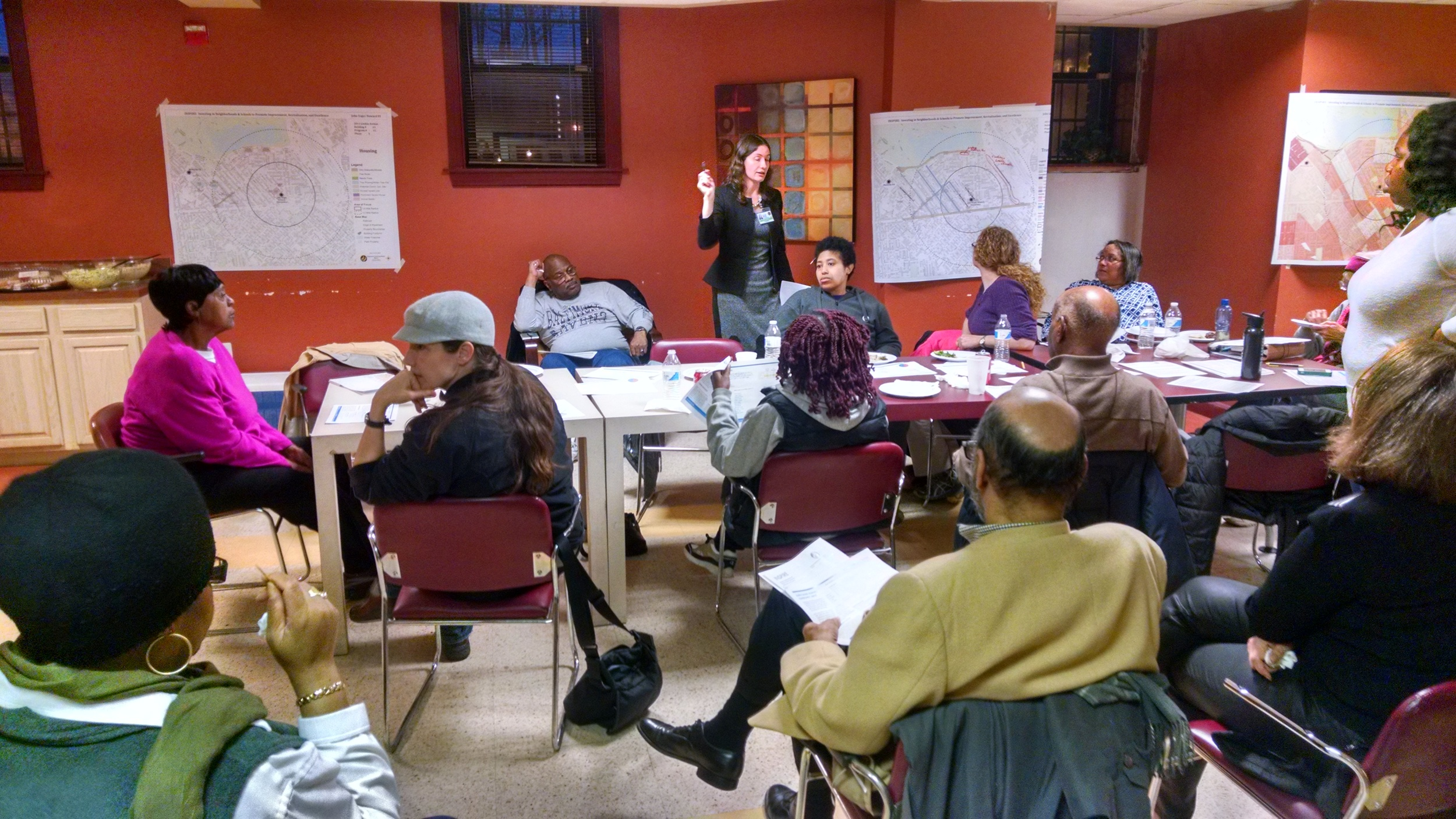 Lakeside area residents discuss prioritizing community improvements with City Planner Heather Martin.