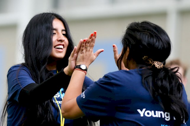 Brenda durante Young Leaders Summit 2017 (Encontro de Jovens Líderes), em Manchester, na Inglaterra.