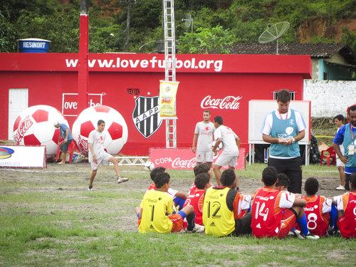 lovefutbol+pitch-4.jpg