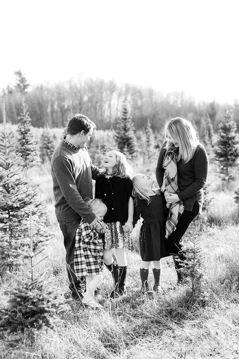 Tree Farm Family Photos Green Bay WI