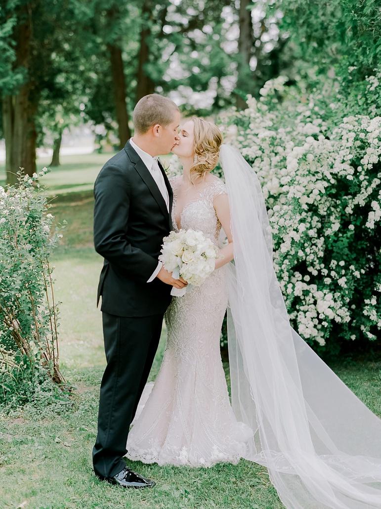 Osthoff Resort Wedding in Elkhart Lake WI_6666.jpg