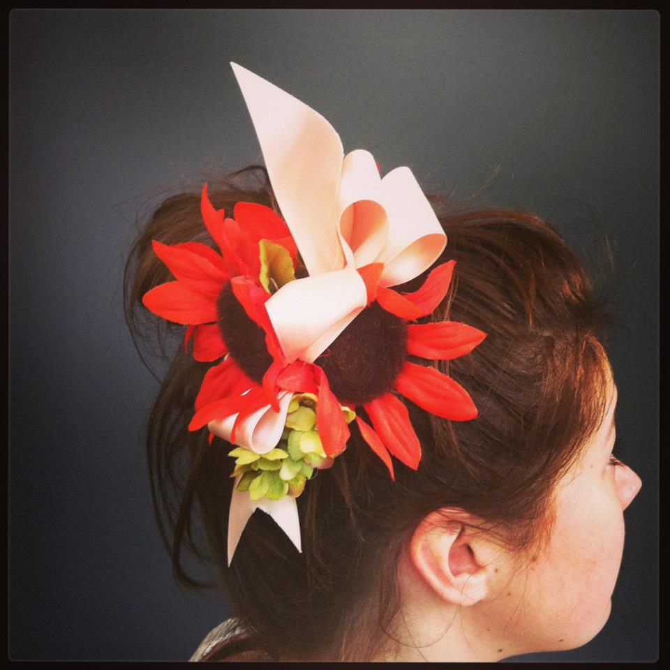flower and ribbon fascinator