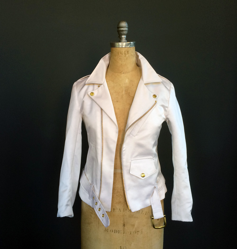 We had gold zippers on white custom made just for Kristyn's jacket.